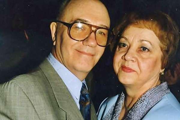 Куравлев с женой