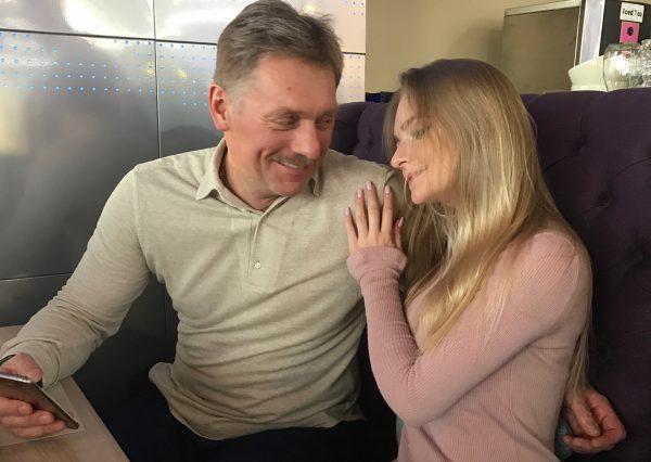 «Не лезь туда...» - Дмитрий Песков поделился болью о взаимоотношениях с дочерью