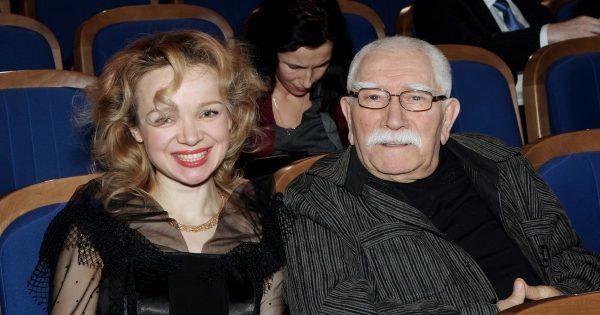 Виталина Цымбалюк-Романовская, Армен Джигарханян
