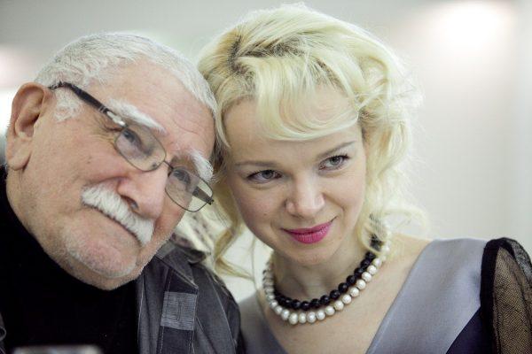 Виталина Цымбалюк-Романовская с Арменом Джигарханяном