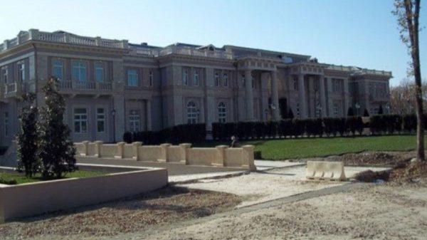 """Стало известно, кому принадлежит """"путинский дворец"""" в Геленджике"""