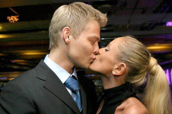 Первый муж Юлии Началовой спешно покинул Россию вместе с семьей