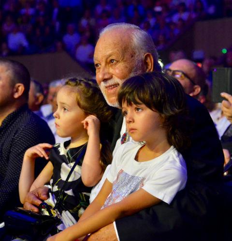 Отец Киркорова заявил, что у Галкина и Пугачевой дети появились лишь благодаря Филиппу