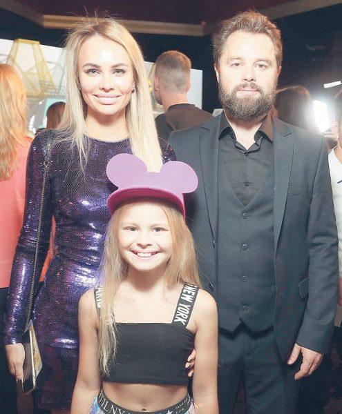 Виталий Гогунский с экс-женой и дочкой