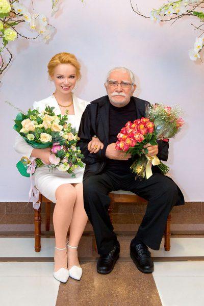 Виталина Цымбалюк-Романовская с Арменом Джигарханяном.