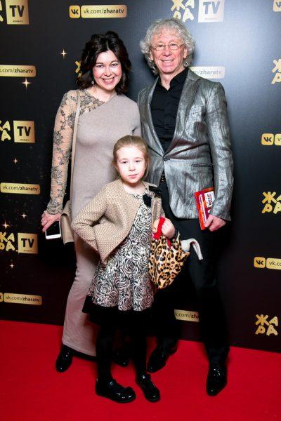 Аркадий Укупник с женой Натальей и дочерью