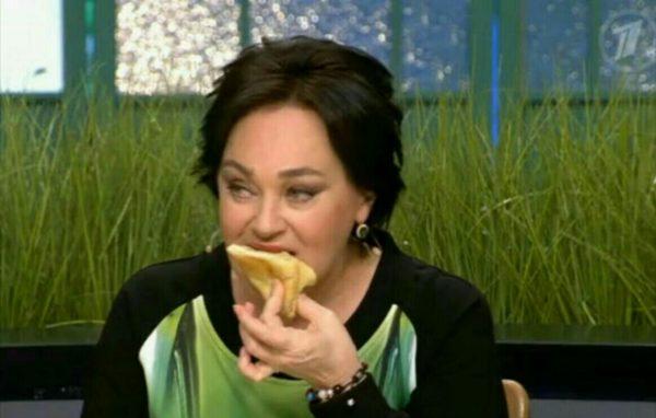 Гузеева ест на «Давай поженимся»