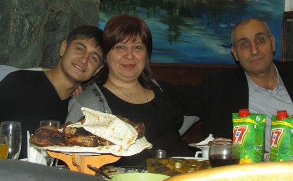 Давид с мамой и папой
