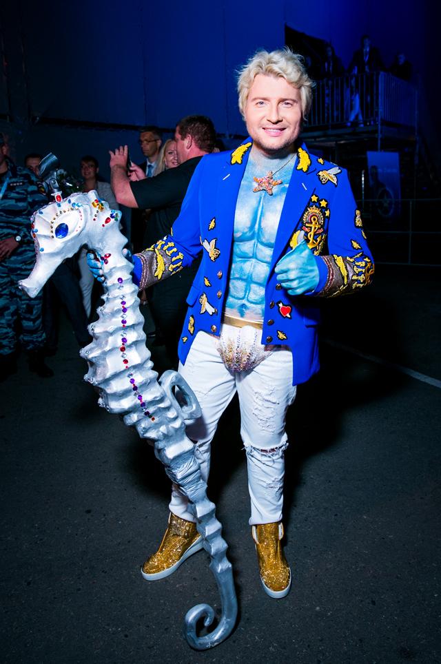 Битва титанов: самые дурацкие сценические наряды Киркорова и Баскова
