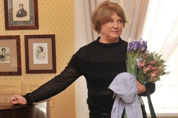 Ванда Стойлова с цветами