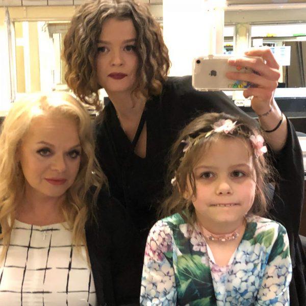 Семейное фото Лолиты Долиной