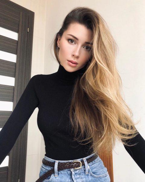 Анна Заворотнюк,