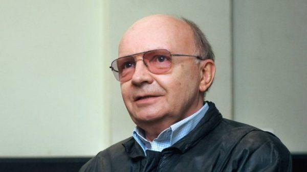 Жил на одну пенсию... Стало известно, что Андрей Мягков жил в нищете и на мизерную зарплату