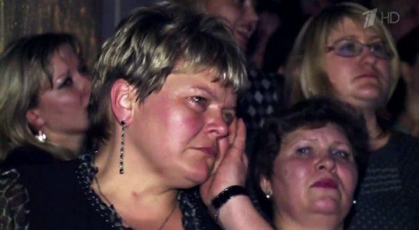 Женщины на концерте Стаса Михайлова