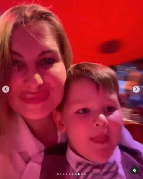 Елизавета Шевыркова с сыном Марселем