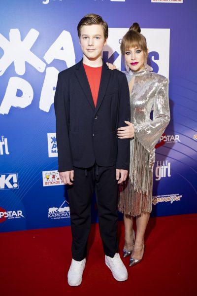 Юлия Барановскя с сыном
