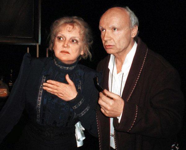 Андрей Мягков с женой