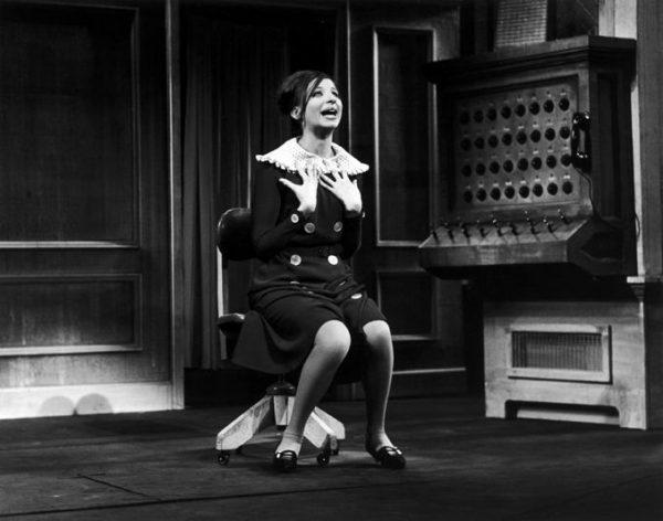 """Барбра Стрейзанд в мюзикле """"Я достану тебе это оптом"""""""