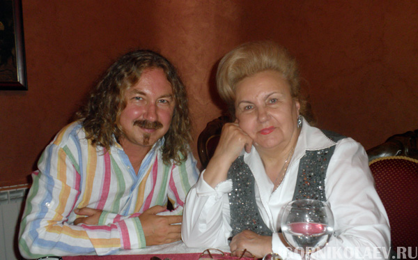 Игорь Николаев с мамой