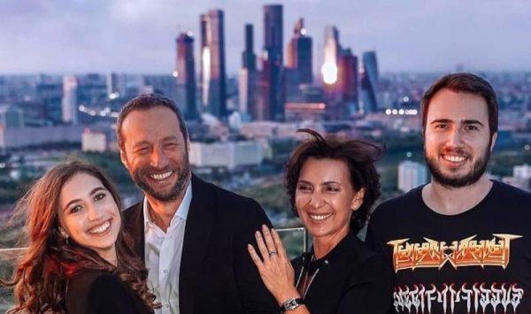 Семья Павла Поселёнова