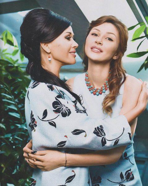 Анна и Анастасия Заворотнюк
