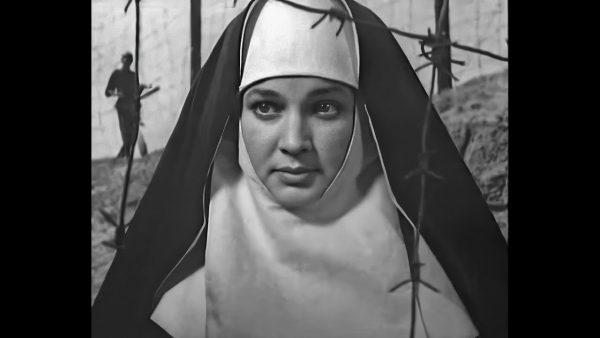 """Известная советская актриса внезапно ушла из жизни после """"проклятья"""" Папы Римского. Она была беременна"""