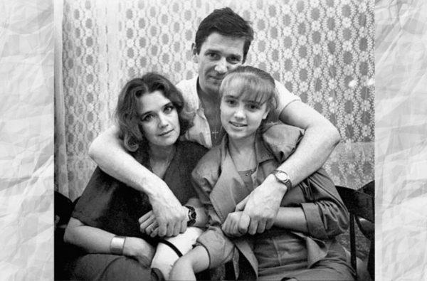 Александр Абдулов с Ириной и Ксенией Алфёровыми