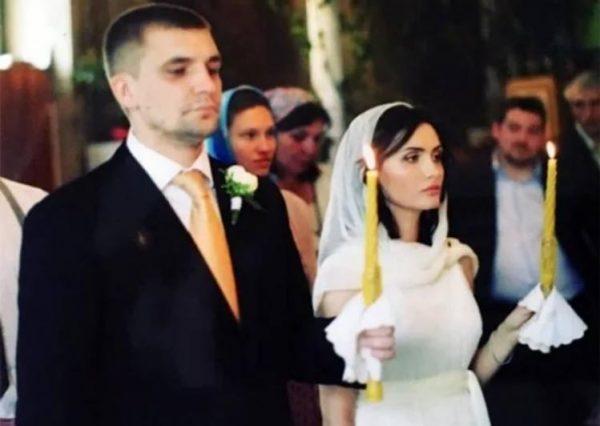 Венчание Басты