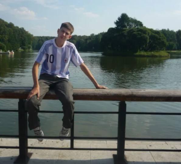 Максим Щенёв в 16 лет