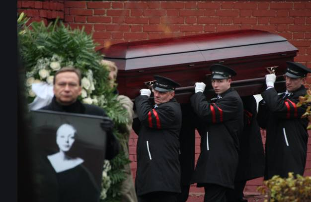 Похороны Алёны Бондарчук