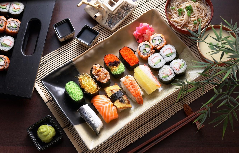 Посуда для суши и роллов