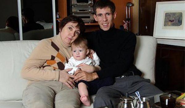 Теперь он настоящий - Актер Алексей Панин разрыдался во время интервью