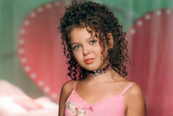 Алина Гроссу в детстве