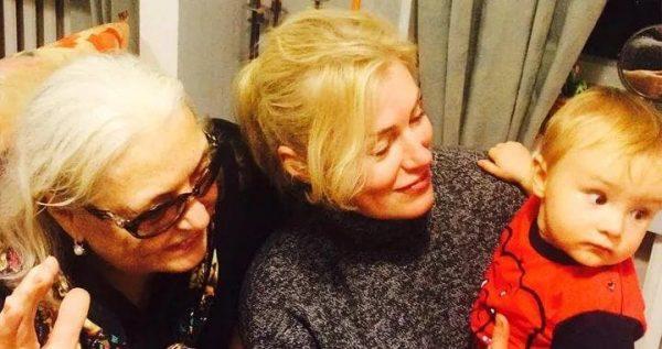 Мария Шукшина с мамой и внуком