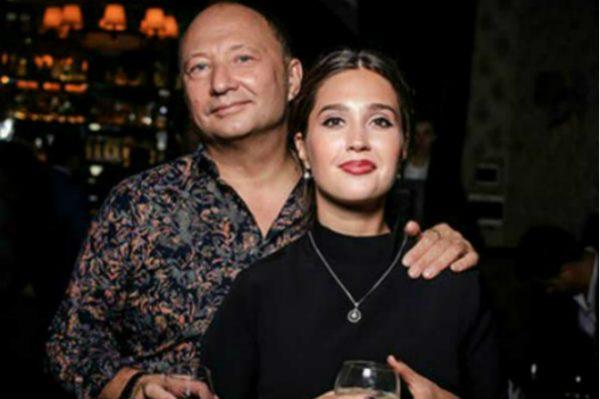 Юрий Гальцев с молодой женой