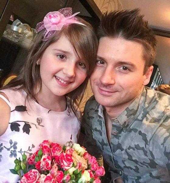 Сергей Лазарев с племянницей