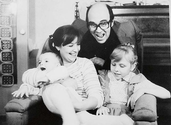Семейное фото Остроумовой и Левитина
