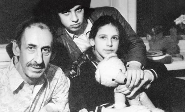 Владимир Басов с детьми