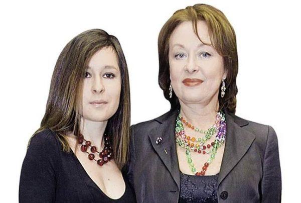 Лариса Удовиченко с дочкой