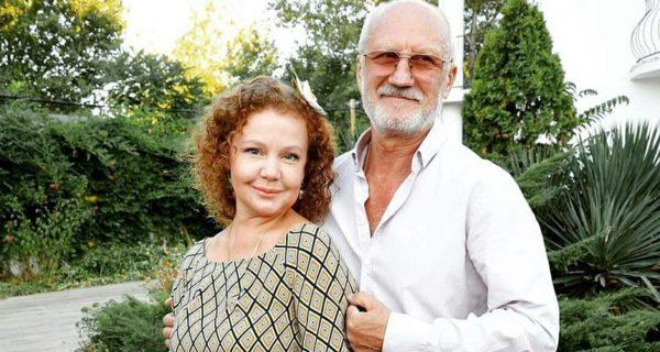 Абрамова и Беляев