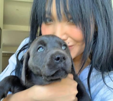 Дарина Эрвин с щенком