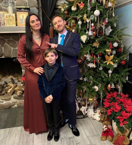 Елена Ваенга и Роман Садырбаев с сыном
