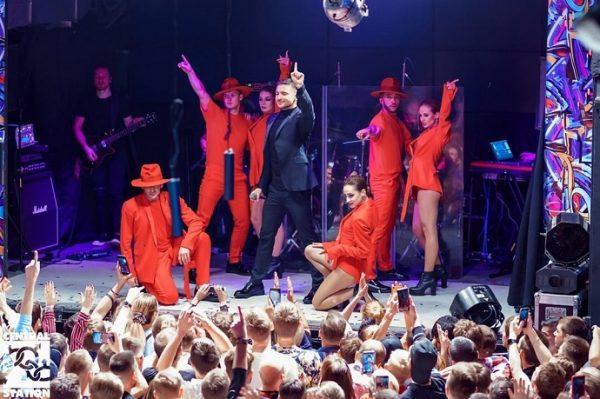 Выступление Сергея Лазарева в гей-клубе