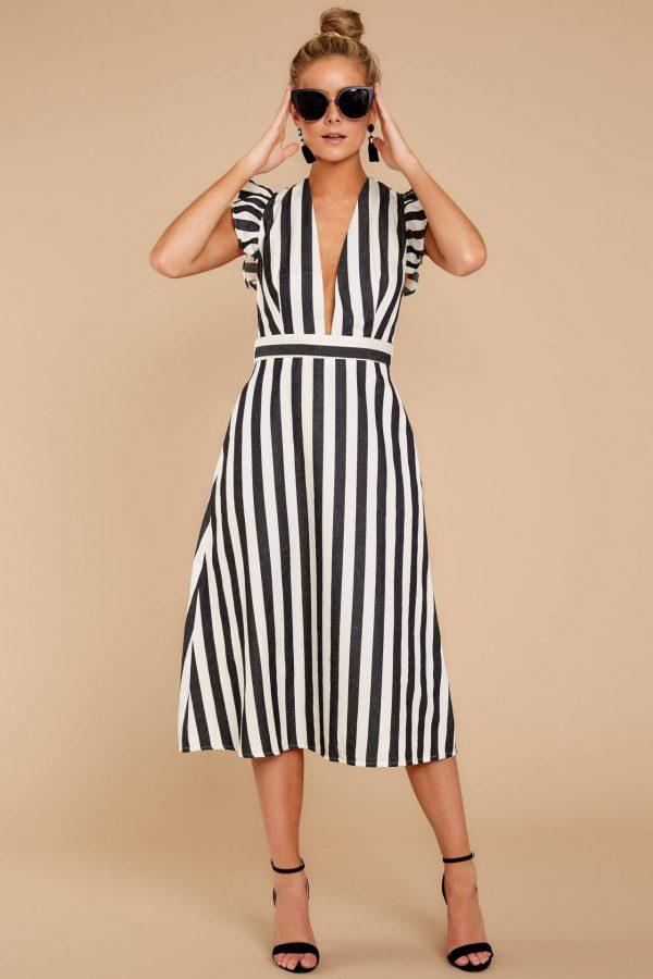 Повседневные платья: модные фасоны 2021