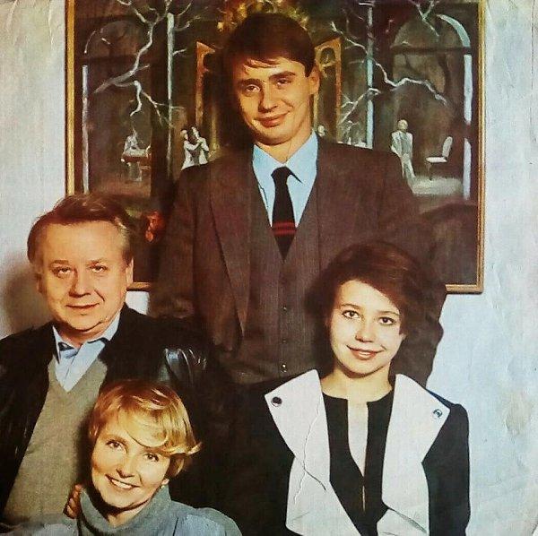 Олег Табаков с первой семьей