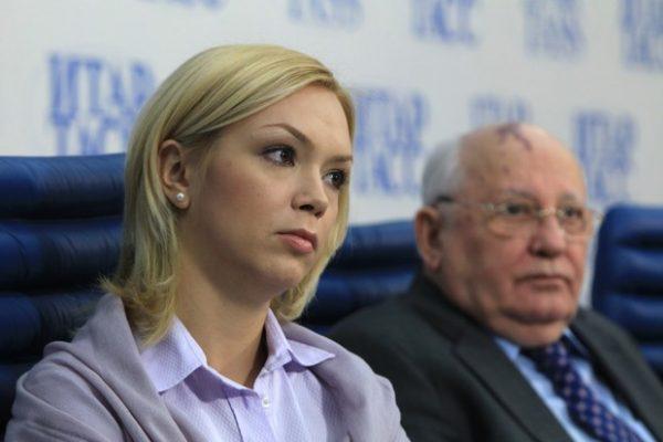 Михаил Горбачёв с внучкой Ксенией