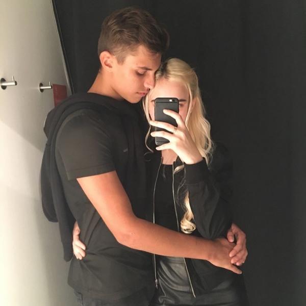 Влад Бахов со своей девушкой Ангелиной