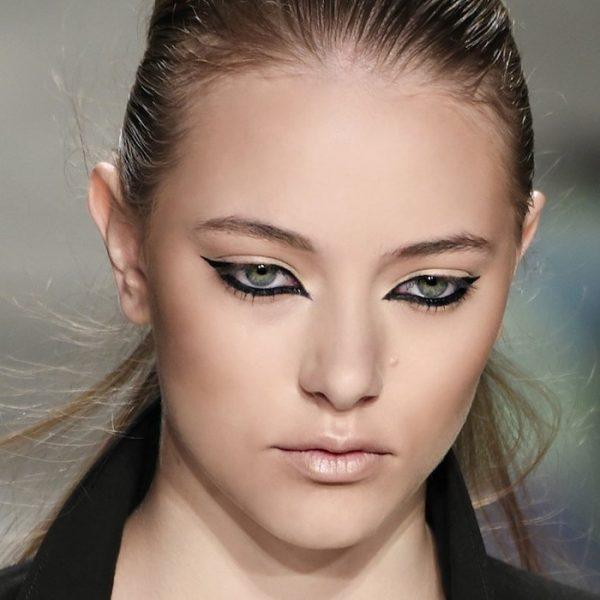 Модные тенденции в макияже на 2021 год