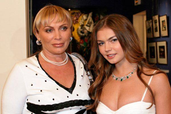 Алина Кабаева с мамой
