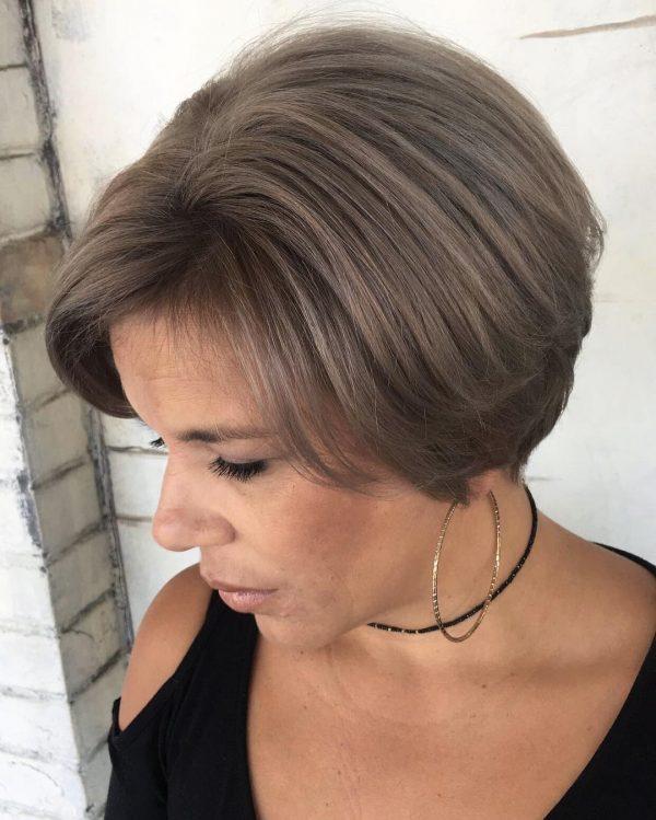 Омолаживающие стрижки для женщин после 45